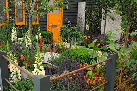 cottage garden border design see rhs garden style cottage garden rhs gardening