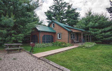 Frontier Cabins Hocking by Cedar Cottage Cabin By Frontier Log Cabins Located In