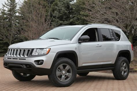 Jeep Compass Lift Kit Six Jeep Models Get The Mopar Makeover For 2011 Safari In