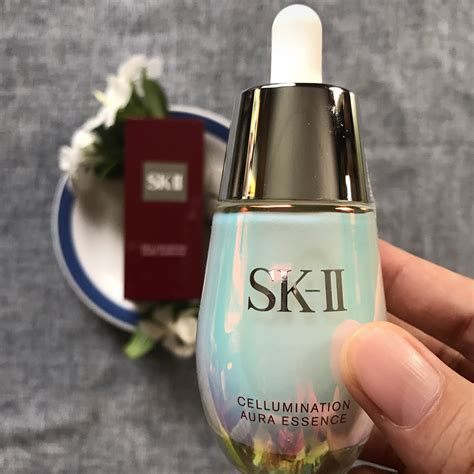 Sk Ii Aura Essence review sk ii cellumination aura essence nora liza