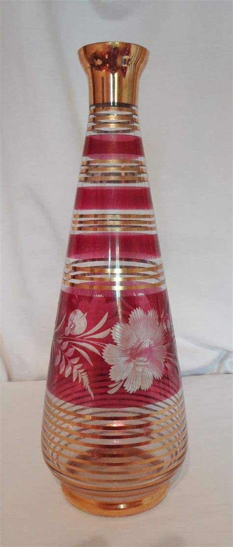 Cranberry Vase Cranberry Vase With Gold Rings 10 Inch Etched Cut To Clear