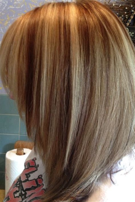 pictures of bob haircuts with blonde foil on brown hair blonde foils warm blonde and blonde color on pinterest