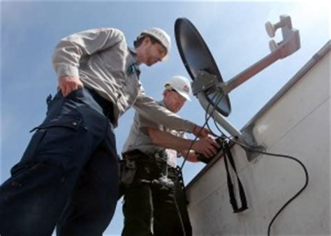 Satellite Dish Technician by Sky S The Limit For Satellite Tv Service Company Wsj