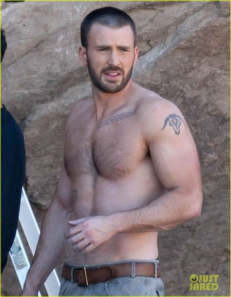 man crush monday chris evans celebrities are tragic