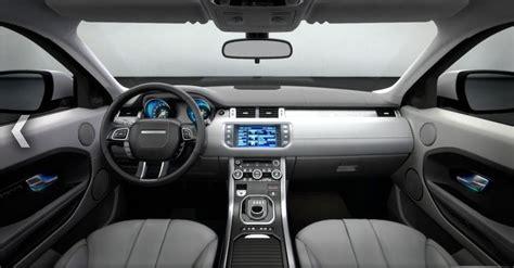 evoque interni amanti delle supercar range rover evoque v s audi q3 v s