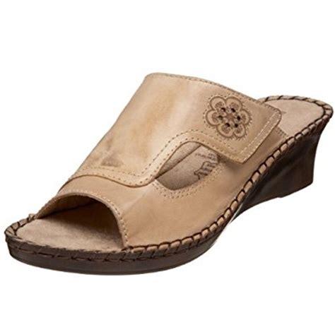duck sandals duck s grace sandal sand 9 5 n us