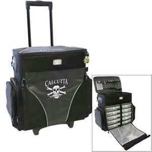 Calcutta rolling tackle bag with five removable 370 tackle trays