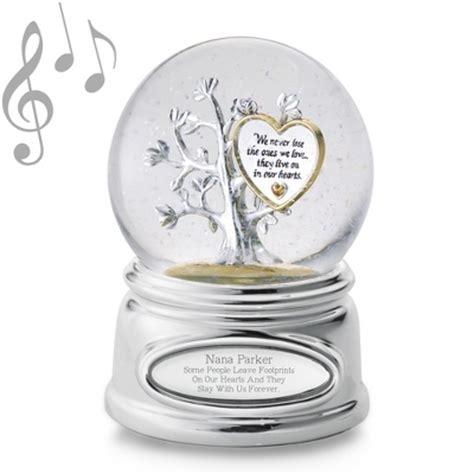 personalized water globes snowglobe waterglobe