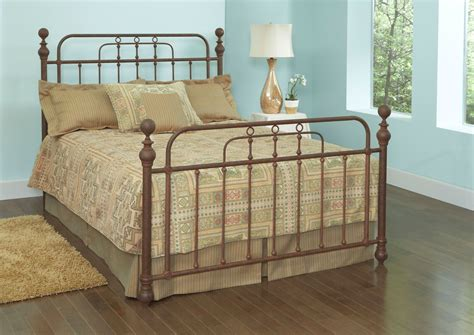 queen poster bed courtney queen poster bed from largo 1606qhf 1006a