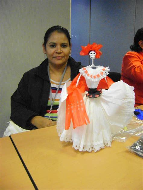 imagenes de una calavera vestida el taller de las calacas arte dise 241 o talleres de