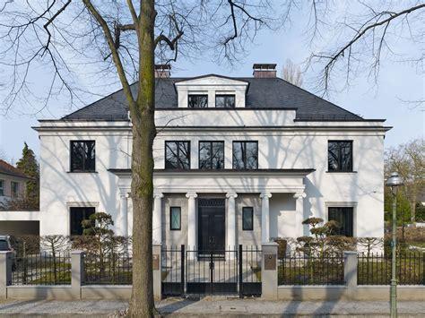 fassadengestaltung berlin historische stadtvilla mit sanierter fassade bauemotion de