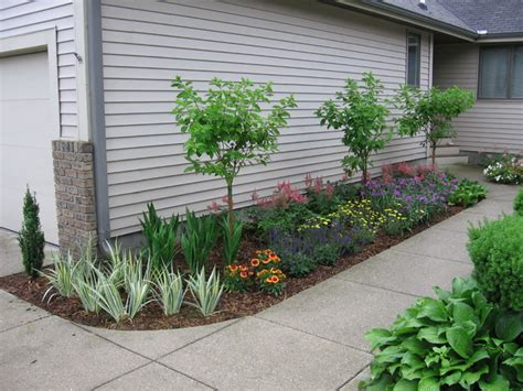 Garden Entrance Ideas Small Condo Entrance Garden Traditional Landscape Grand Rapids By Specialty Gardens