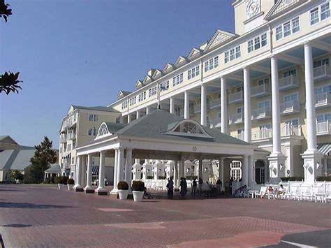 imagenes del hotel newport miami disney hotel newport bay club disneyland paris