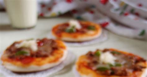 membuat resep pizza mini sederhana  oven happy