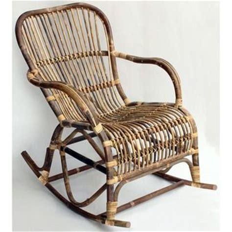 schommelstoel tuin rotan 25 beste idee 235 n over rotan stoelen op pinterest zwart