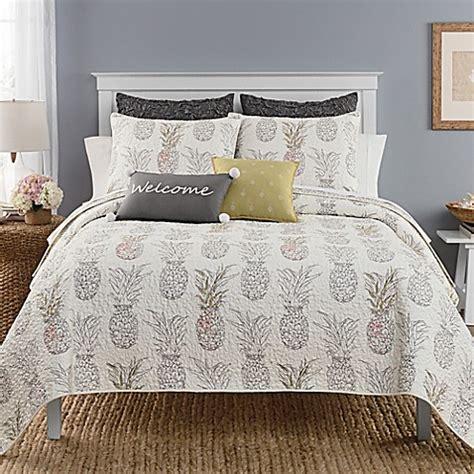 pineapple bedding heritage breezes pineapple quilt bed bath beyond