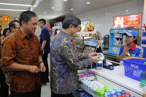bca indomaret indomaret official mempermudah konsumen indomaret