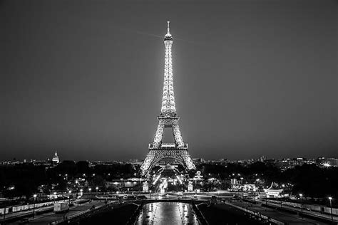 black and white eiffel tower wallpaper eiffel tower black and white poster desktop backgrounds