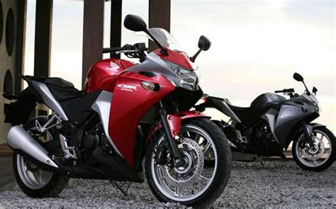 honda unveils updates to cbr250r honda makes moto gp replica cbr 250r springfield launched