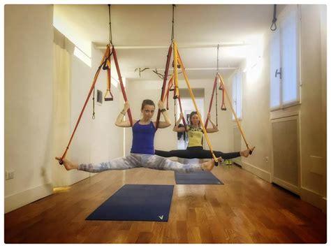 ginnastica per rassodare interno cosce ginnastica fai da te gli esercizi per tonificare braccia