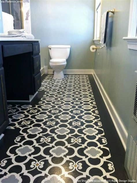 10 Stenciled Floor Makeovers   DIY Decor Ideas using Floor