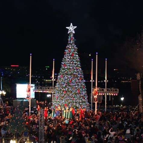 christmas tree lighting ceremony the jacksonville landing
