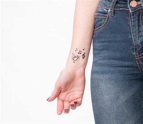 1001 id 233 es tatouage cl 233 de sol la musique dans la peau