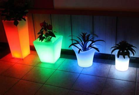 vasi luminosi da giardino vasi da esterni vasi da giardino modelli vaso