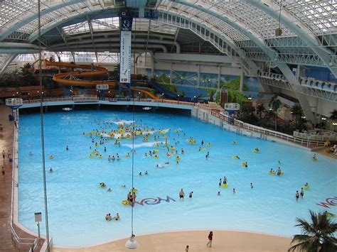 best waterpark in world 13 best waterparks of the world the voyaging