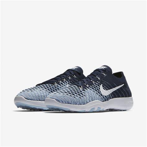 Sepatu Nike 5 0 Navy jual sepatu nike wmns free tr flyknit 2 navy