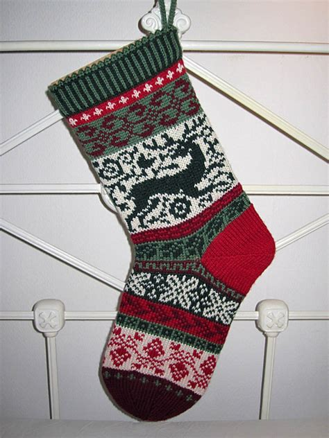 knitting pattern for christmas stocking ornament 1000 images about knit xmas on pinterest christmas