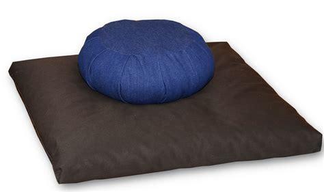 buckwheat futon zafu zabuton meditation cushions bor 233 al atelier de