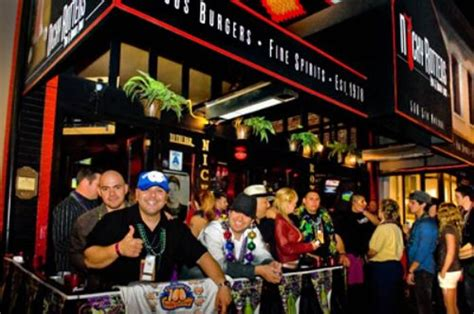 top bars in gasl san diego best sports bars in the usa 25 pics