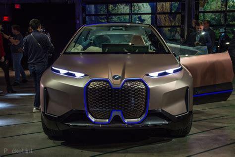 bmw vision inext showcases bmws  autonomous electric suv