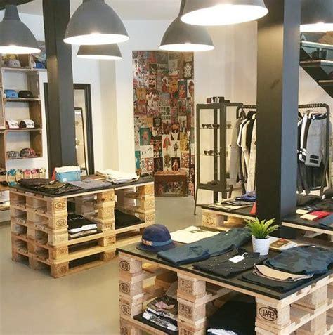 desain distro toko 25 desain interior distro unik dan minimalis archizone