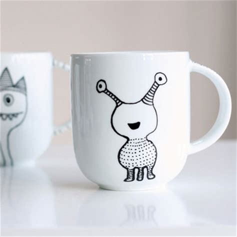 design your own mug with permanent marker how to decorate a coffee mug using a porcelain marker