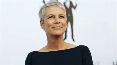 the 17 hottest silver foxes jamie lee curtis lee curtis jamie lee curtis makes surprise evo appearance the