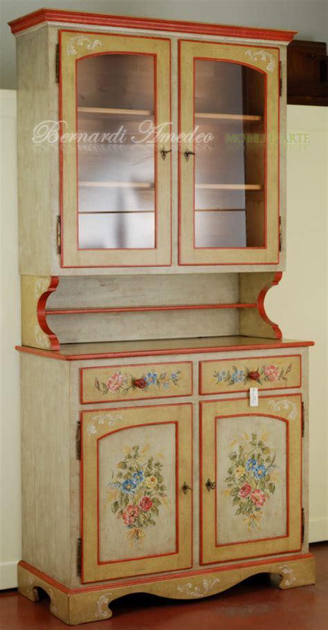 credenze decorate credenza con alzata decorata a mano mobili in svendita