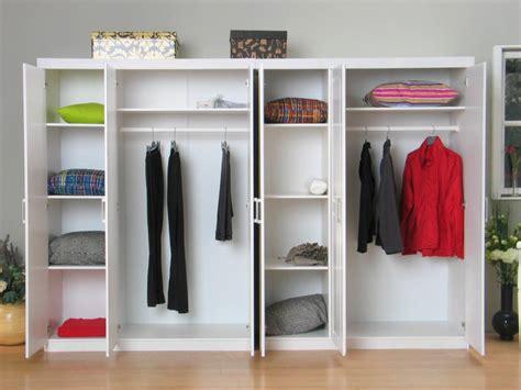 Karpet 2 X 3 oslo witte kleerkast 6 deurs bestaande uit 2x3 drs kast