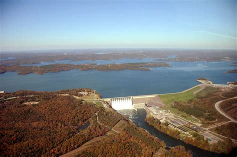 file aerial photo of table rock dam lake and white river