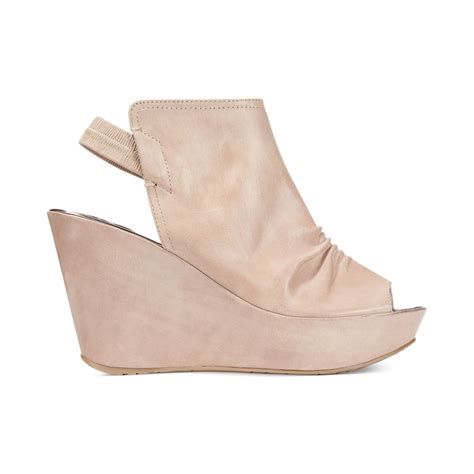kenneth cole reaction wedge sandals kenneth cole reaction womens soul search platform wedge