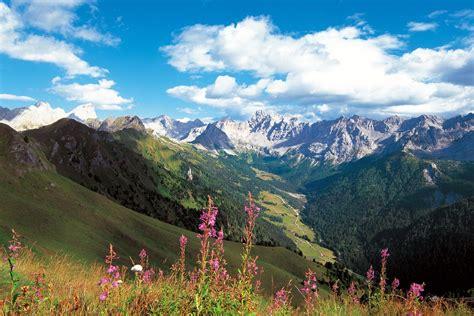 romantic hiking tour dolomites hiking dolomite mountains legends hiking trip dolomites trek dolomite mountains