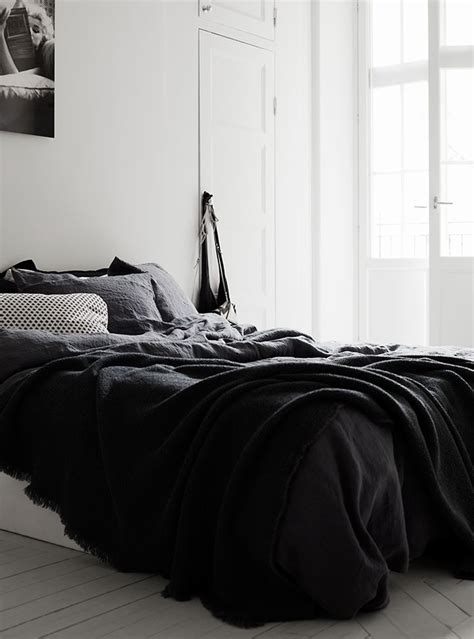 black and white bed linen 25 best ideas about black white bedding on