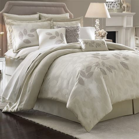 Platinum Leaf Bedding By Lenox Bedding For The Home