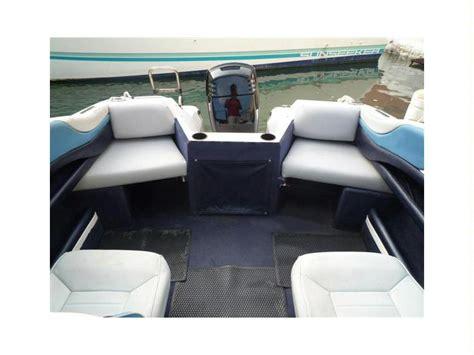 bayliner upholstery bayliner capri 1800 en pto dptivo benalm 225 dena barcos a