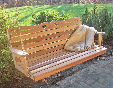 pourch swing red cedar american sweetheart porch swing