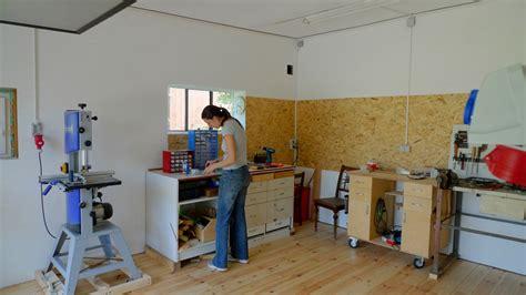 Garage Workshop by Werkstattumbau Neue W 228 Nde Frau Holz
