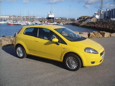 yellow fiat punto grande punto grande punto 1 4 gp rap yellow the fiat forum