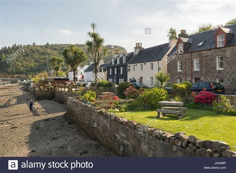 plockton cottages and gardens by the sea at low