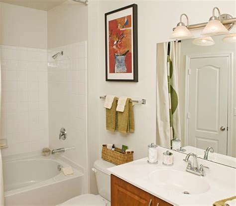 Garden Style Soaking Tub Photo Gallery Highlands At Dearborn Apartment Peabody